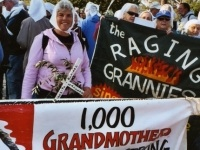 raging-grannies.jpg